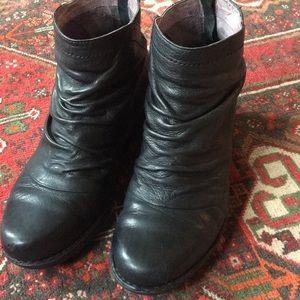 Dansko boot booties 38 8 black black leather zip